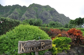Dinosauri, giungla, teatro di guerra: le mille facce del Kualoa Ranch - www.immediateboarding.it
